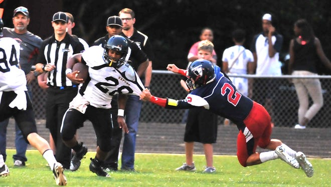 North Vermilion High School competes with Kaplan High School during the Abbeville football jamboree