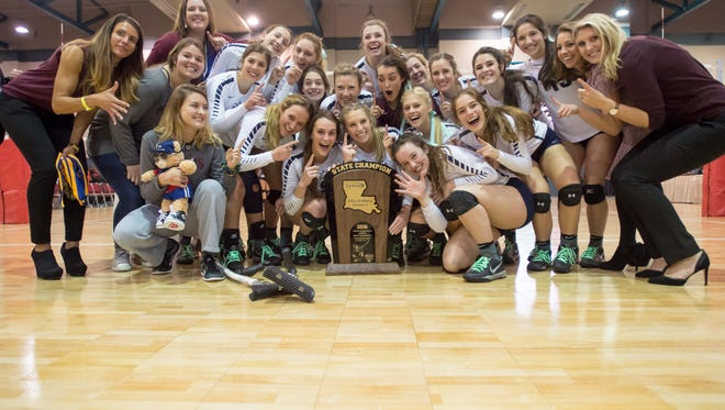 St Thomas More wins the Division II LHSAA State Volleyball Finals. November 12, 2016.