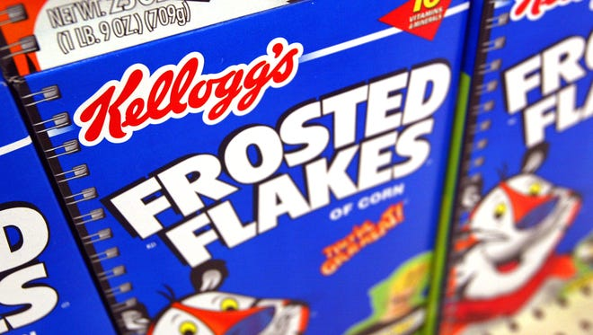 ROLLING MEADOWS, IL - JULY 28:  Boxes of Kellogg's Frosted Flakes cereal are seen displayed inside a Wal-Mart store July 28, 2003 in Rolling Meadows, Illinois. With strong company wide sales rising 17.3 percent, Kellogg's has said its second quarter earnings beat Wall Street's expectations.  (Photo by Tim Boyle/Getty Images)