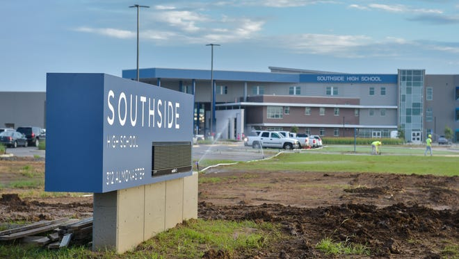 Youngsville continues its population explosion. The Lafayette Parish School System built a new high school there to accommodate the growth. Southside High opened in August 2017.