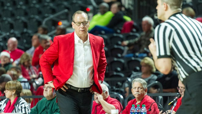 UL men's basketball coach Bob Marlin led his Cajuns to a 77-63 road win over Little Rock to open Sun Belt Conference play on Friday.