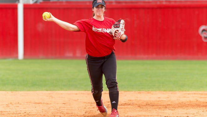 Newcomer Alissa Dalton takes over for the departed DJ Sanders at shortstop for the UL Ragin' Cajuns.