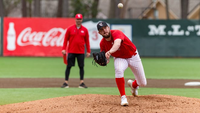 Hogan Harris got the start UL against LSU on Tuesday night, his first since sustaining an oblique injury in the Cajuns' season-opening series at Texas. He went 4.0 innings and the Cajuns led 3-1 when he left.
