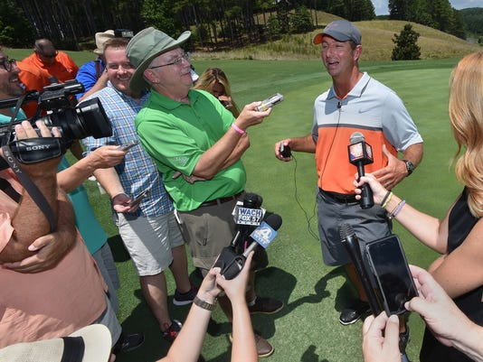 T0719_dmsp_Dabo_Golf_Outing_007.JPG