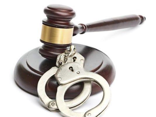 635846789620623128-gavel-cuffs.jpg