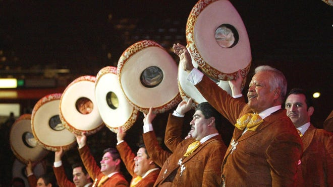 Mariachi Los Camperos will perform at the Visalia Fox Theatre this weekend.