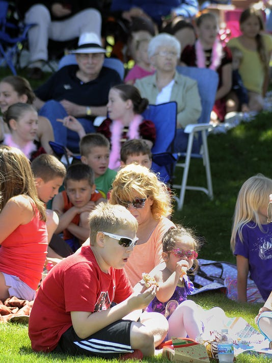 636052971698089457-WRTBrd-06-10-2014-Tribune-1-A001--2014-06-09-IMG-Lunch-by-the-River-f-1-1-4R7K9HN1-L431746369-IMG-Lunch-by-the-River-f-1-1-4R7K9HN1.jpg
