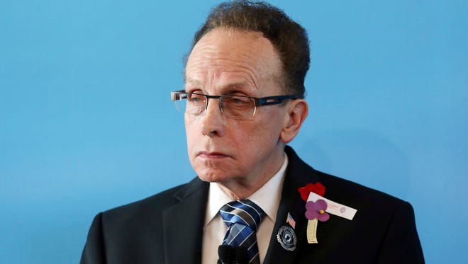 Warren Mayor James Fouts, known to be responsive to concerns and accessible to residents, is at the center of a firestorm over disparaging audio tapes. He denies that the voice on the tapes is his -- and says he will not resign.