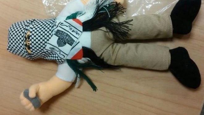 Customs workers in Haifa thwarted an attempt to smuggle 4,000 anti-Israel stuffed dolls to the Palestinian Authority in the West Bank.