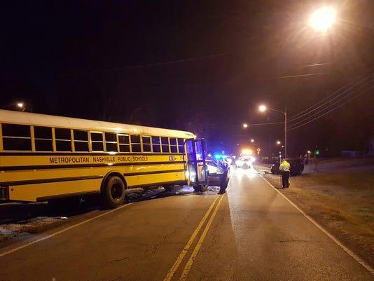 636161429160533207-Bus-Crash-2.jpg
