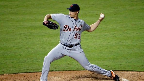 Detroit Tigers starting pitcher Kyle Lobstein works
