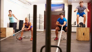 Group of people In gym circuit training (Credit: iStock photos)