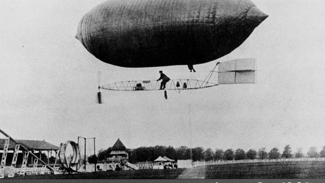 Patrons of the 1907 fair had the opportunity to enjoy motorized balloon flights. Photo courtesy of the York Fair