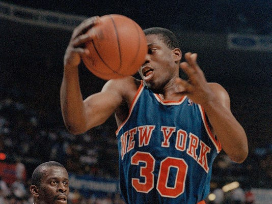 sale retailer ce549 6964c Bernard King latest former New York Knick to address team