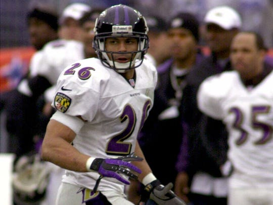 Baltimore Ravens safety Rod Woodson moves against the Tennessee Titans on Jan. 7, 2001.