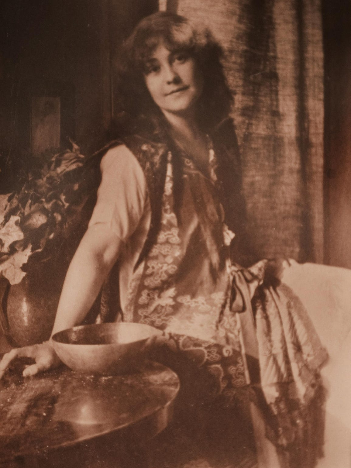 A photographic portrait of Rose O'Neill made around