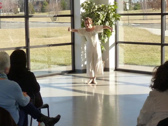 NJSCA-Teaching-Artist-Simone-Coonrod-Interpretes-Emily-Dickinson-Poem-520-at-EB-Community-Arts-Center-1-20-18.JPG