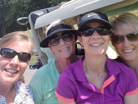 Golf scramble Members of ANEW (A Network of Evansville