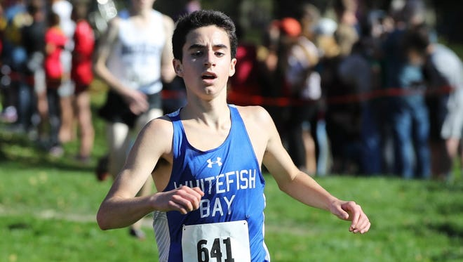 Eli Dyer helped lead the Whitefish Bay boys to a sectional cross-country title on Saturday at Lincoln Park Golf Course.