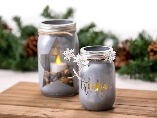 636481718983980638-Star-Mason-Jar-Candle-CJ1A7478.jpg