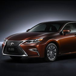 Lexus gives a new shape to ES
