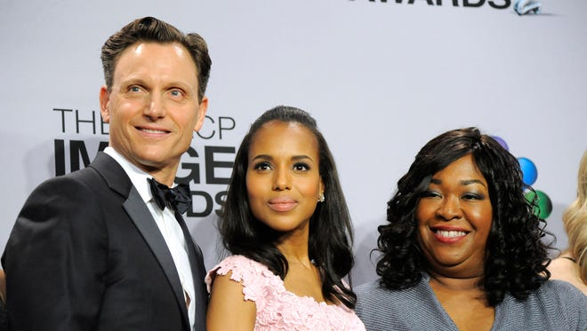 'Scandal' stars Tony Goldwyn and Kerry Washington with series creator Shonda Rhimes.