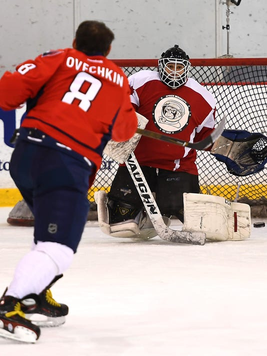 c3d8edfe90e 12-19-16-ovechkin22. Washington Capitals captain Alex Ovechkin ...