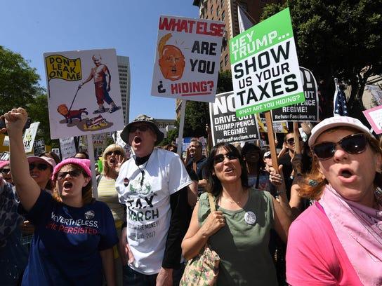 US-POLITICS-TRUMP-TAX-PROTEST