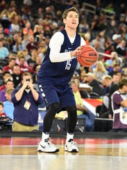 Villanova Wildcats guard Ryan Arcidiacono (15) shoots