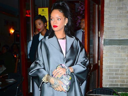 who is rihanna dating may 2014 Who is rihanna dating rihanna's dating history all of rihanna's loves, exes and hookups who rihanna dated list of rihanna loves, ex boyfriends breakup rumors.