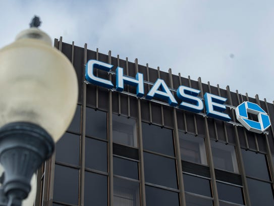 The Chase Bank building in downtown Richmond, Ind.