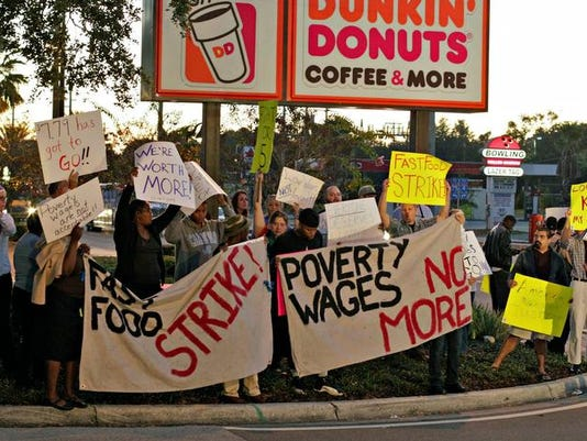 2013341161698-usnewsfastfood-protests6pt.jpg20131205.jpg