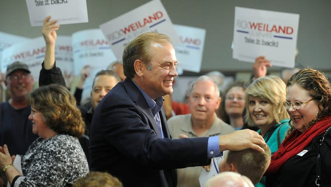 Former U.S. Senate candidate Rick Weiland is part of a group seeking to bring non-partisan elections to South Dakota.