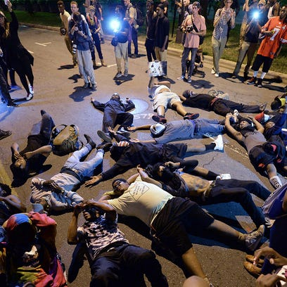 Charlotte protesters aren't patriots, they're criminals