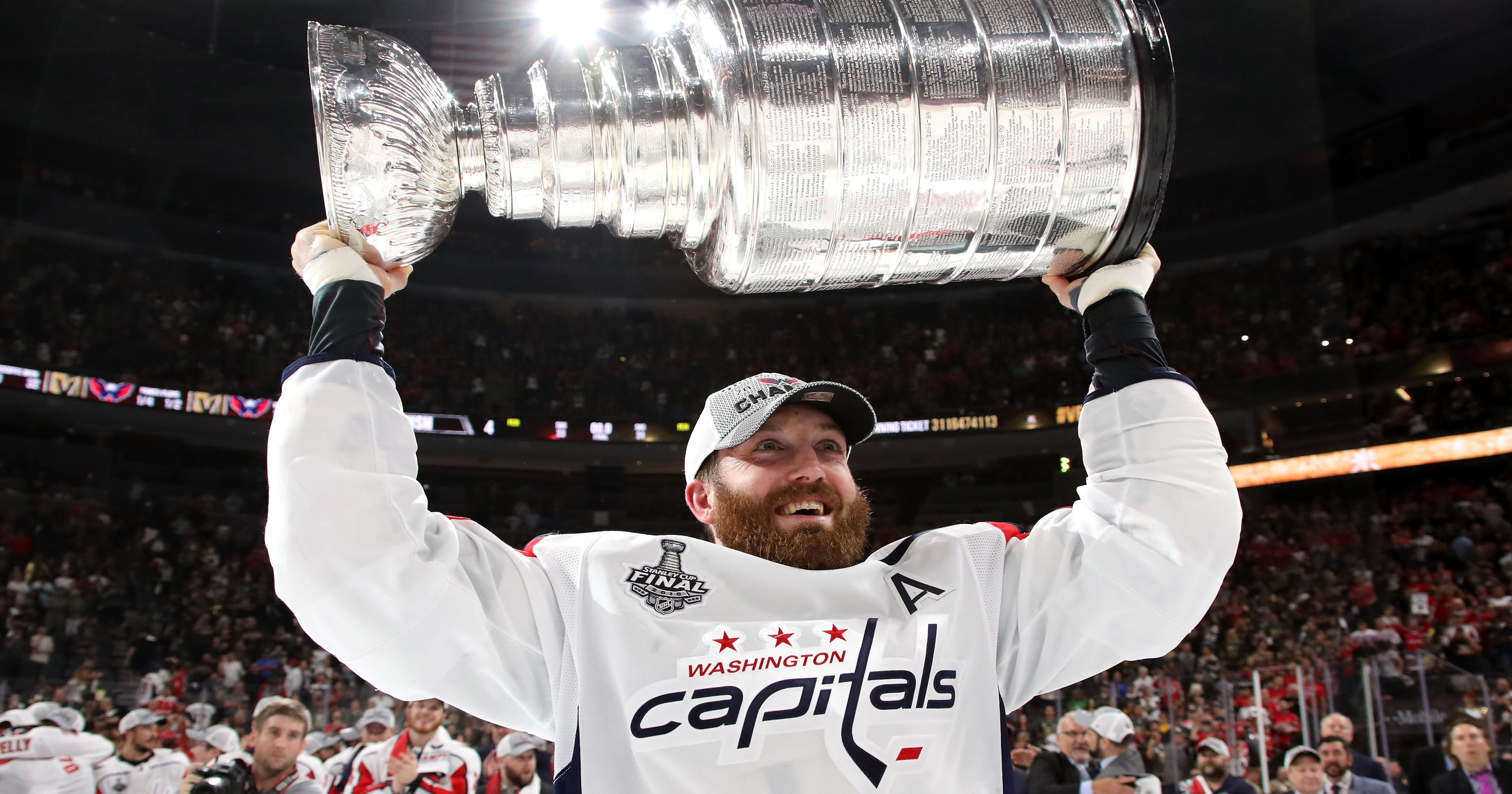 d17cdc55267 Capitals bring back Brooks Orpik on one-year