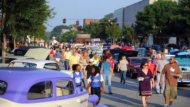 The scene during past First Friday festivities in downtown Gadsden.