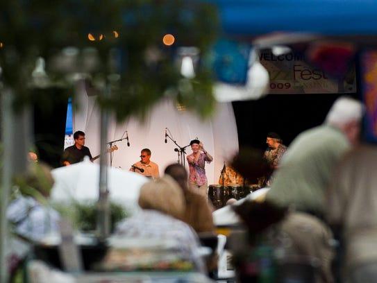 Sheila Landis and Brazilian Love Affair perform on