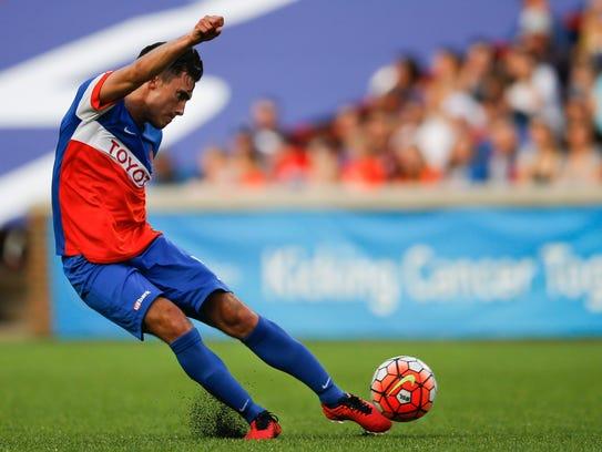 FC Cincinnati midfielder Ross Tomaselli (5) takes a