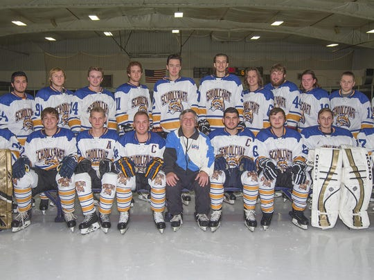 Schoolcraft College has a men's hockey team this season,