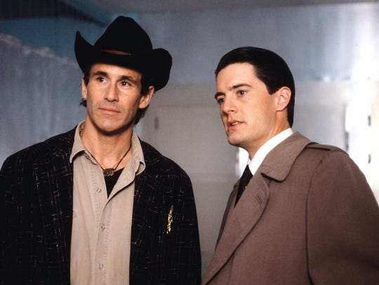 Michael Ontkean as Sheriff Truman and Kyle MacLachlan