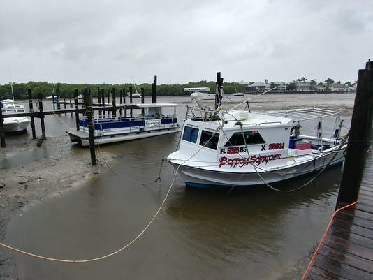 636406364777588409-PJ-Pike-of-PJs-Charters-plans-to-ride-out-the-storm-on-his-crabbing-boat..jpg