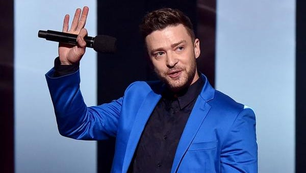 Singer Justin Timberlake accepts the iHeartRadio Innovator Award on March 29.