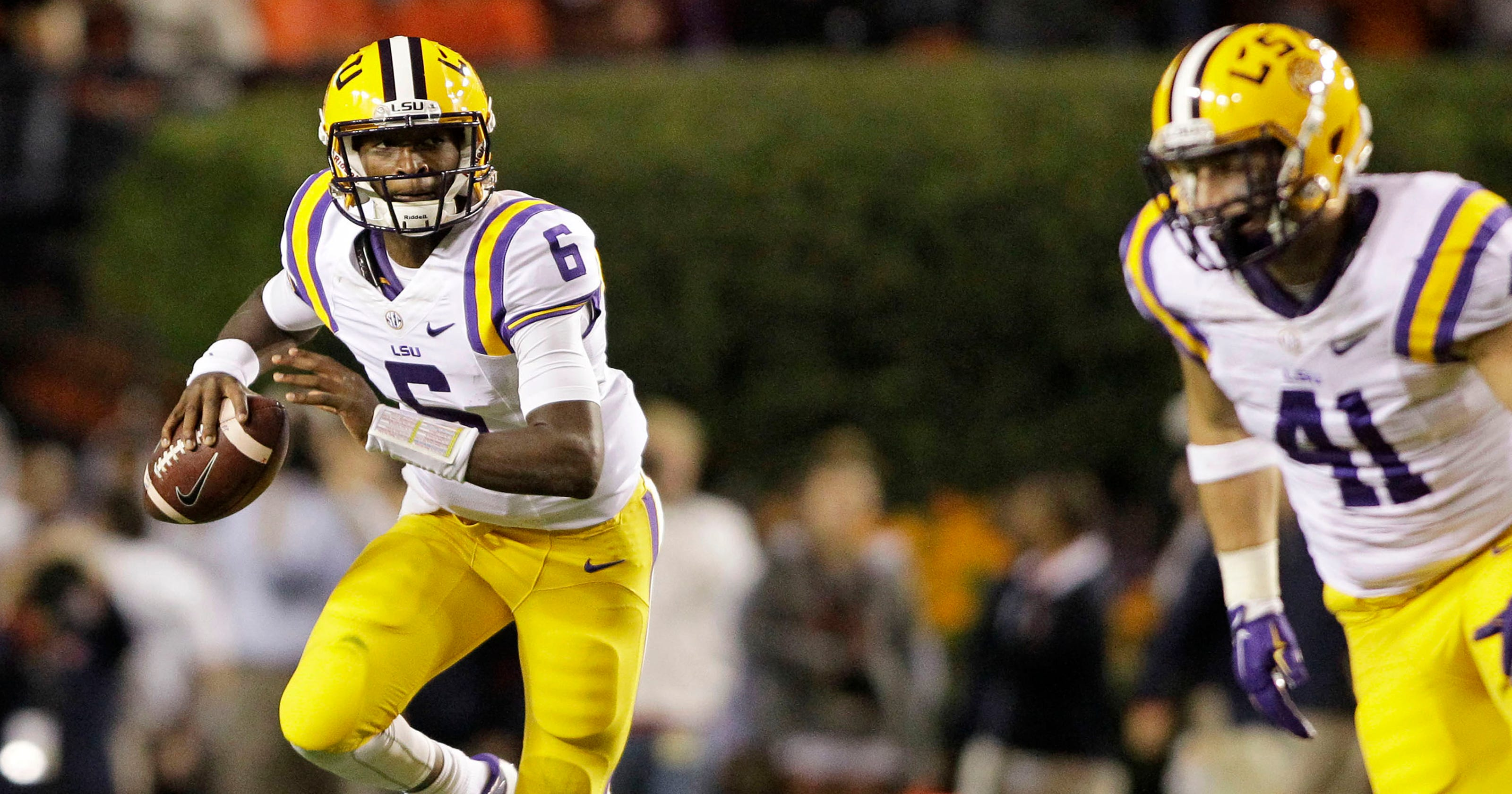 Brandon Harris leads LSU to 63-7 rout over New Mexico State