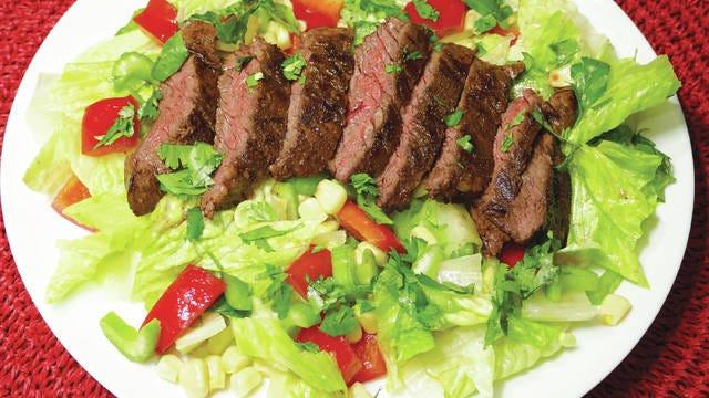 Jerk steak salad. Photo by Linda Gassenheimer/TNS