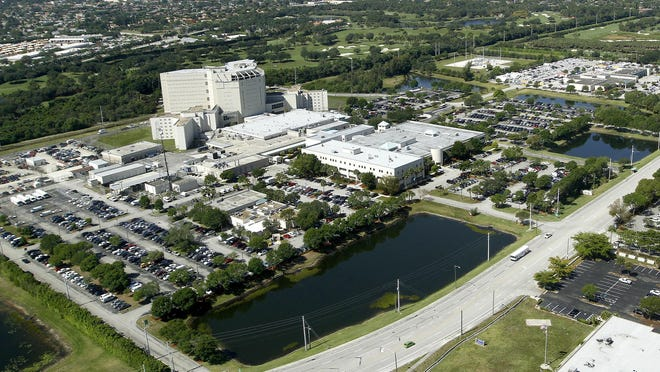 (Bill Ingram/Palm Beach Post):Palm Beach: Aerial views of Palm Beach County jail, Wednesday, over West Palm Beach.