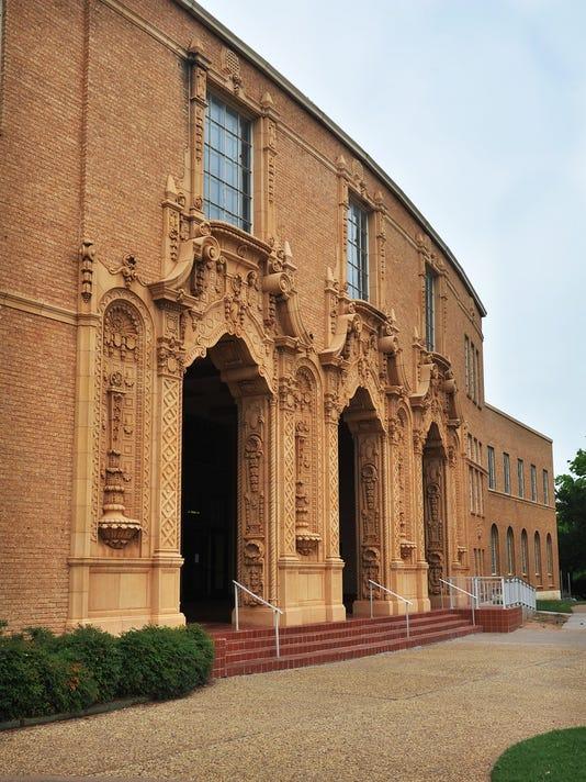 Memorial-Auditorium-Front.jpg