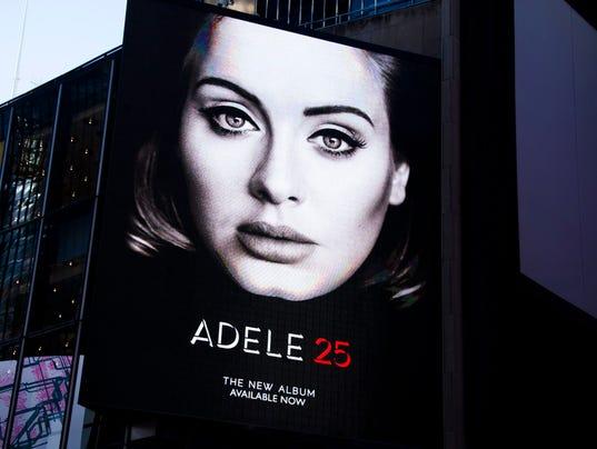 Adele 25 Nuevo álbum  635839002348219749-EPA-USA-NEW-YORK-ADELE-ALBUM-77700128