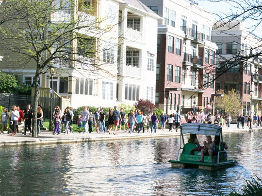 "Downtown Indy kicked off the  Downtown Canal's summer season with the ""Canal Awakens"" event on April 23."