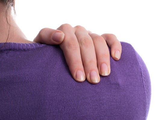 636656983107527266-7.2.18-shoulder-pain2.jpg