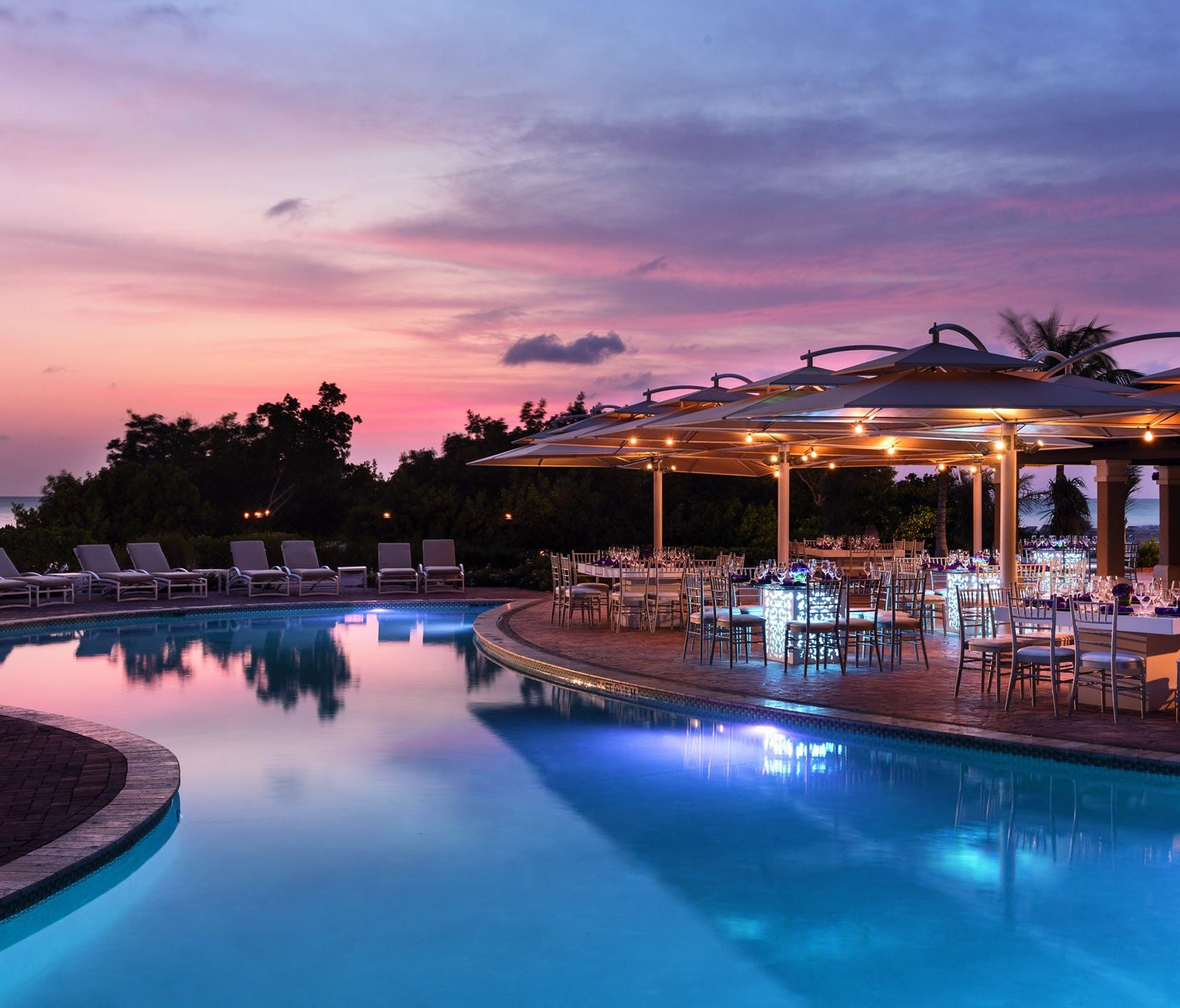 The 320-room Ritz Carlton, Aruba has four restaurants, including BLT Steak, as well as a spa, casino and two swimming pools.
